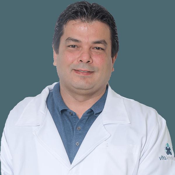 Dr. Alexsandro Rodrigues de Oliveira - Médico da Vita.Imagem em Foz do Iguaçu